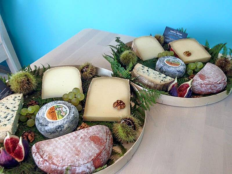Atelier œnologie et dégustation de fromages pour 2 épicuriens