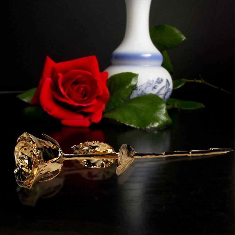 Rose en Or Deluxe avec Soliflore