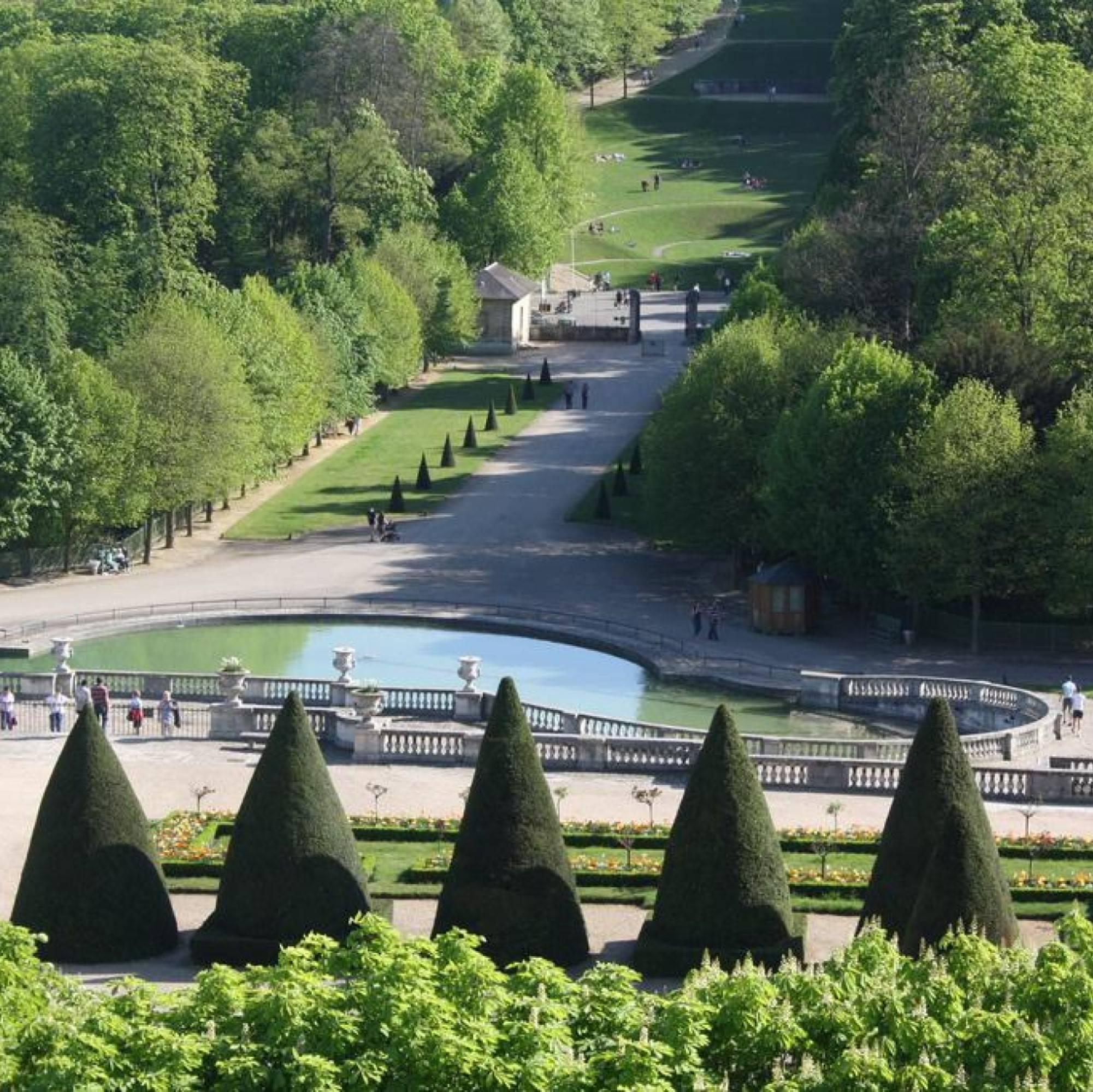 Escapade privée et guidée de 2 heures à faire en amoureux - Parc de Saint Cloud !