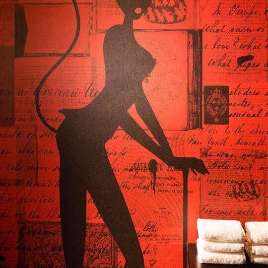 Hotel Champagne et lovebox pour un week-end coquin à Paris