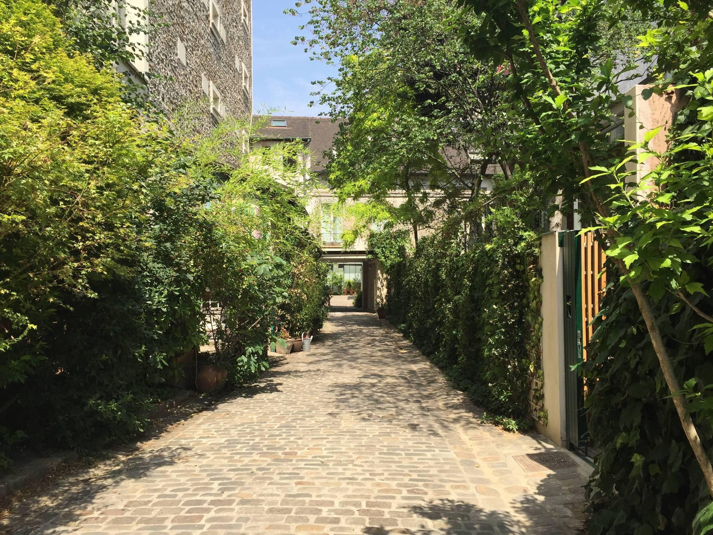 Visite guidée sur place à Paris : Artisanat au Faubourg Saint-AntoineVisite guidée sur place à Paris : Artisanat au Faubourg Saint-Antoine