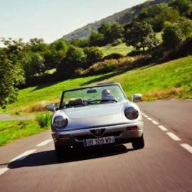 Plaisir & Découverte : Une matinée ou un après-midi au volant d'un cabriolet de légende en Auvergne (Alfa Spider, Mini ou Mazda MX5)