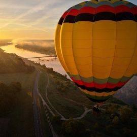 Vol exclusif en montgolfière à faire en amoureux - Val de Loire !